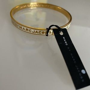 Marc Jacobs Skinny Logo Bangle in White and Gold